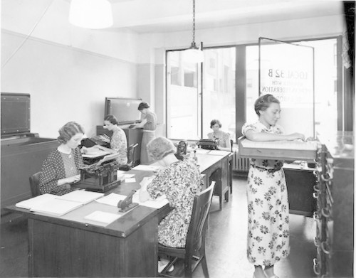 What Were Offices Like Before Computers And The Internet?