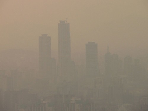 """Chinese Scientist Likens Beijing's Smog Problem To """"Nuclear Winter"""""""