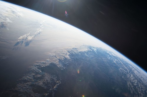10 easy ways you can tell for yourself that the Earth is not flat