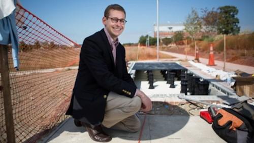 World's First Solar Sidewalk Installed At George Washington University