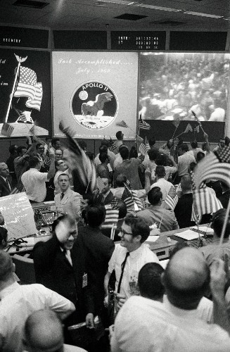 Vintage Big Pic: NASA Mission Control Celebrates The Return Of Apollo 11