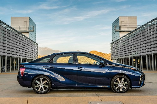 Car Disrupted: Hydrogen Hits The Road This Fall