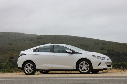 Next Year, GM Employees Might Ride Autonomous Chevy Volts To Work