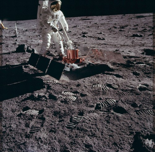 Moon dust kept sealed for 50 years will finally reveal its secrets