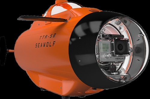 Remote Control Submarine Turns A GoPro Into An Aquanaut