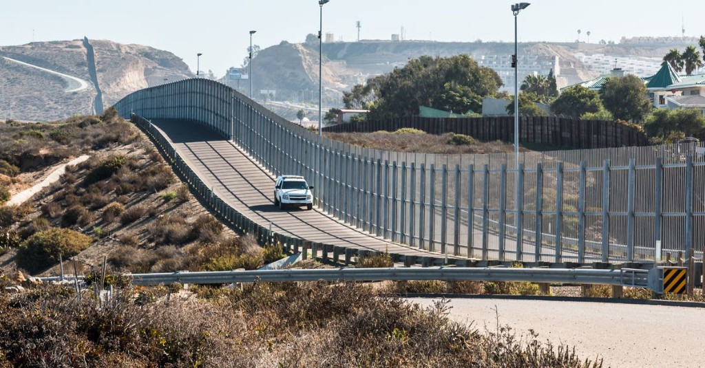 How border walls trick the human brain and psyche