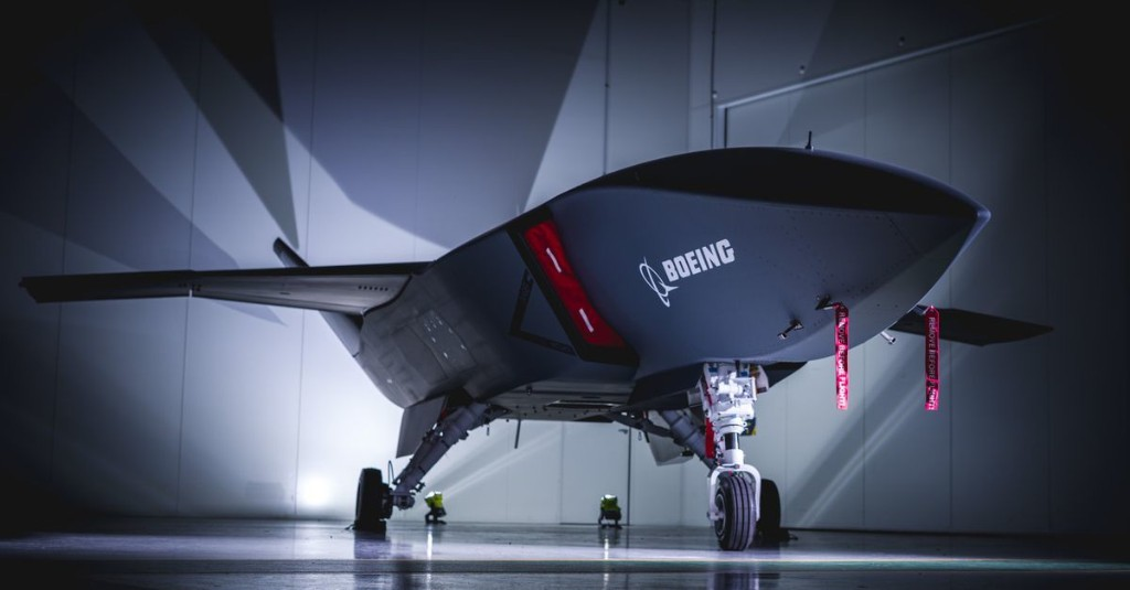Boeing's new autonomous fighter jet has a pop-off, swappable nose