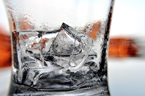A Cocktail Scientist Debunks Myths About Ice Cubes
