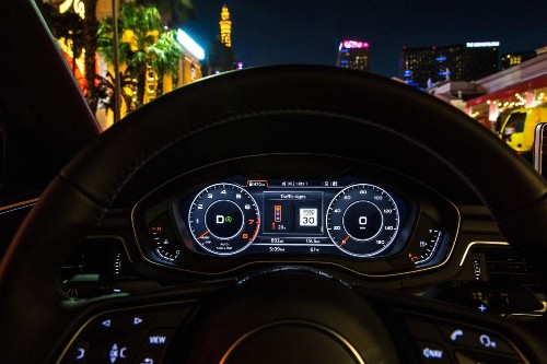 Audi's in-car Information system helps drivers avoid red lights