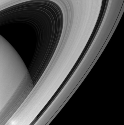 Bic Pic: Saturn's Rings In Infrared
