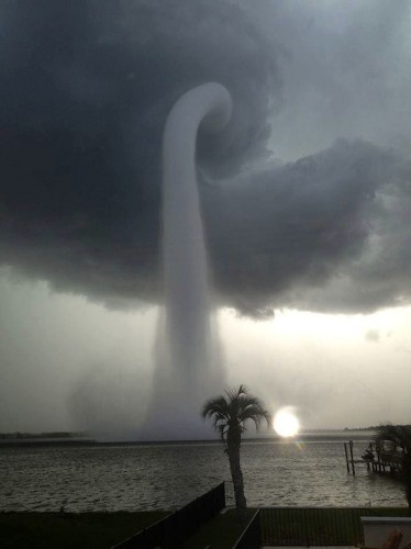 Big Pic: A Monster Waterspout Spins Over Florida