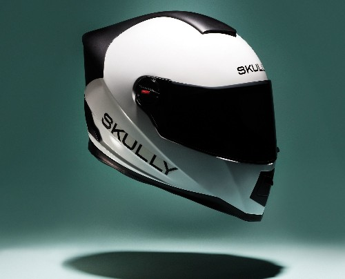A Motorcycle Helmet For The Digital World