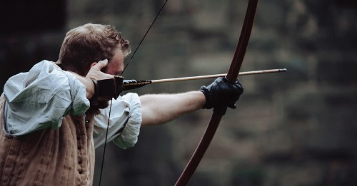 How to quickly make a bow and arrow
