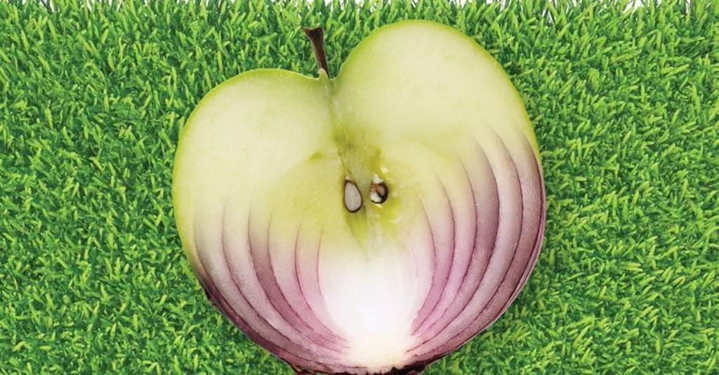 This weird trick can make an onion taste like an apple
