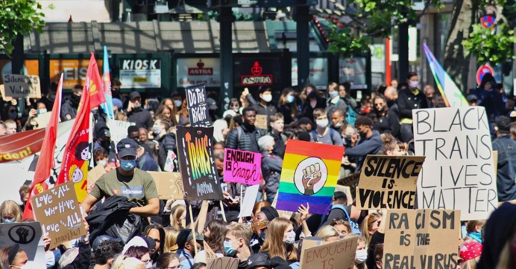 What you need to know to protest safely and securely