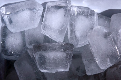 Science Has Now Created Square Ice [Video]