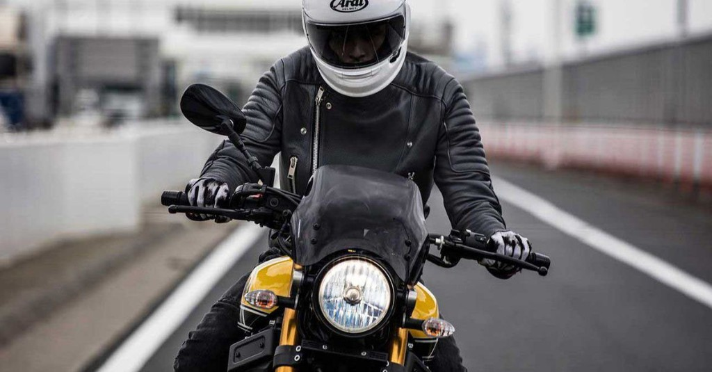 Ride safely with these essential motorcycle tips