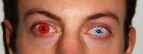 How Counterfeit Contact Lenses Can Make You Go Blind