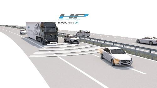 Watch As An Autonomous Truck Zooms Down The Autobahn