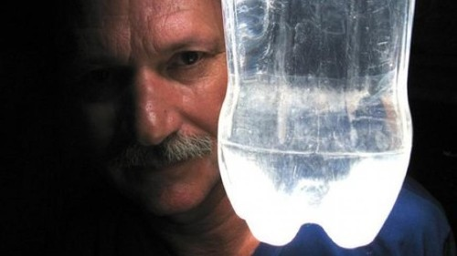 Social entrepreneur brings light to the electric-less -- with a soda bottle and some water
