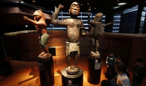 Benin negotiates with France to return precious objects taken during colonial war