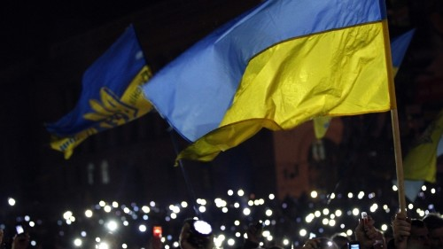 Ukraine struck a deal to end the protests, but there are already signs of cracks