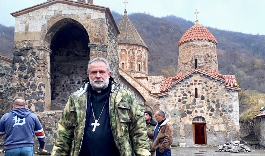 Following loss in war, Armenians bid adieu to Kelbajar area given to Azerbaijan