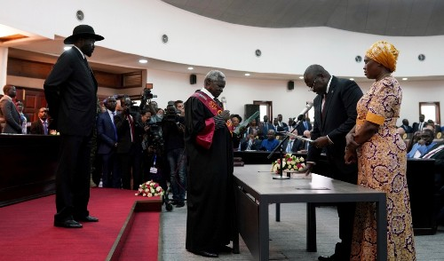 South Sudan's leaders make peace
