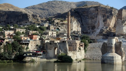 11,000-year-old Turkish town about to be submerged forever