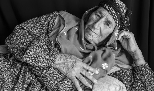 These Kurdish refugee women are proud owners of facial tattoos