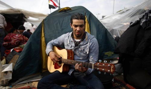 Egyptian artist duo commemorates Tahrir Square revolution