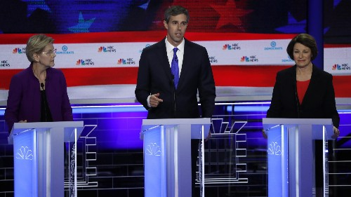 Multiple Democratic presidential candidates duel in Spanish