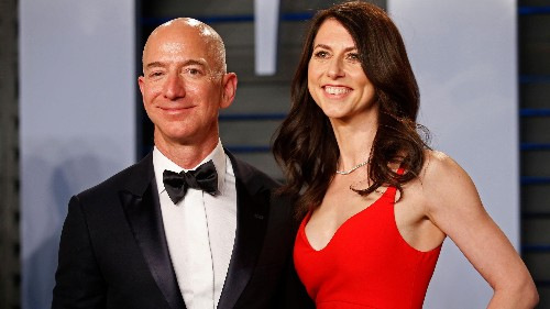 Jeff Bezos just lost $38 billion. He's still the richest person in the world
