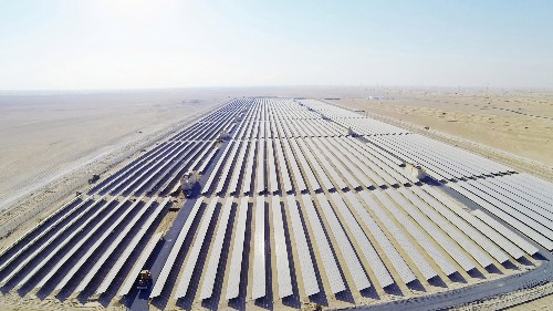 "The world's largest ""virtual battery plant"" is now operating in the Arabian desert"