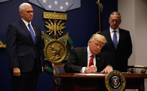 Trump's order barring people from Muslim countries is unconstitutional, a legal scholar explains
