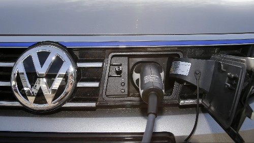 Norway has reportedly reached a deal to ban gas-powered car sales by 2025