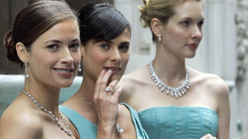 A sociologist explains why wealthy women are doomed to be miserable
