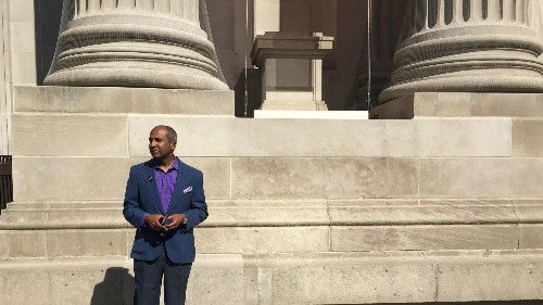 The Met ousted a top executive, so he used Facebook to show the world how to do unemployment right