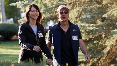 Compare the divorce statements of Jeff and MacKenzie Bezos