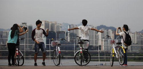 In Seoul, a new sharing economy takes hold—one that leaves Uber and Airbnb in the cold