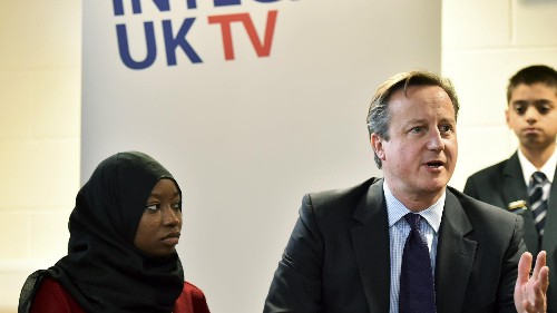 Kids who question the media or government could be extremists, London parents are warned