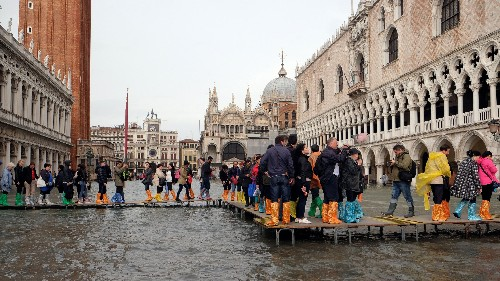 Venice's grand plan to stop flooding isn't going to work