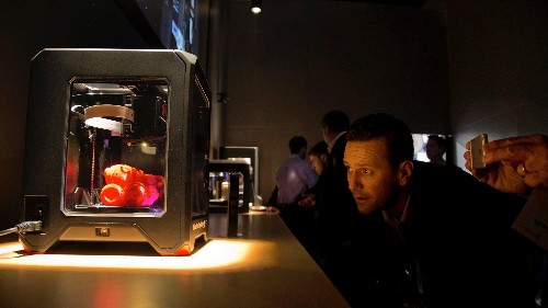 With the 3D printer revolution slow to reach the household market, MakerBot regroups