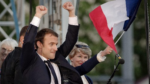 Russia is really doing its damnedest to defeat Macron and make Le Pen president of France