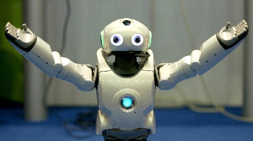 """Apply now for the job of the future: """"Robot helper,"""" a human who serves robot needs"""