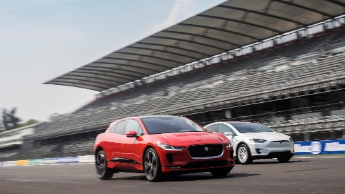 Jaguar I-Pace is coming for Tesla—with a battery that doesn't make sense