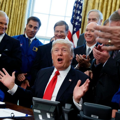 Donald Trump announces Space Force, a new branch of the US military