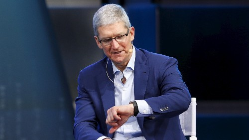 Half a year later, the Apple Watch feels like a stalled platform