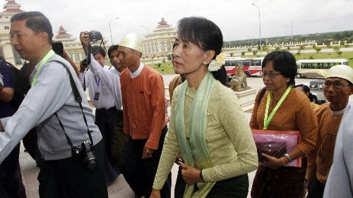 The Dalai Lama: Aung San Suu Kyi must speak out on behalf of Myanmar's persecuted Rohingya