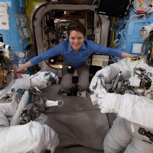 First all-women spacewalk canceled over lack of medium-sized spacesuits